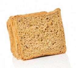 несколько кусков ржаного хлеба